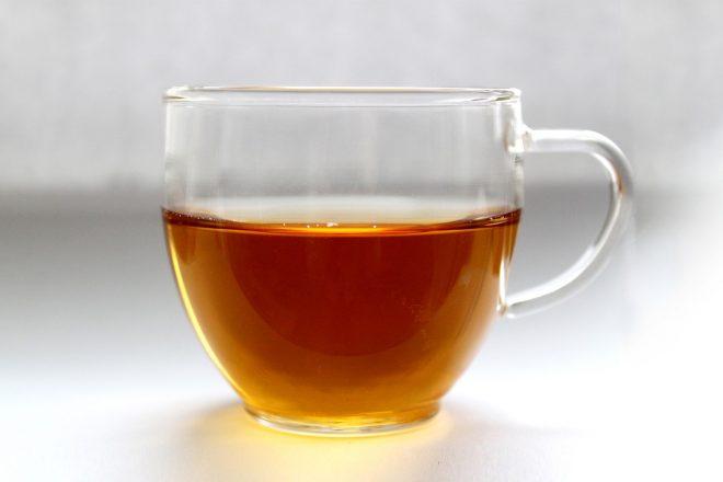 Teufelskralle Tee kann innerlich und auch äußerlich in Form von Umschlägen hilfreich sein.